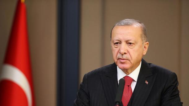 Erdogan: Nuk u mbajt premtimi për nxjerrjen e terroristëve jashtë zonës së sigurt | TRT  Shqip