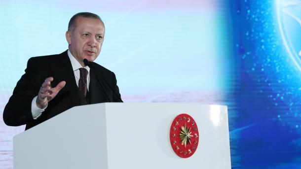 """Turqia zbulon 135 miliardë metra kub gaz natyror në pusin """"Amasra-1""""   TRT  Shqip"""