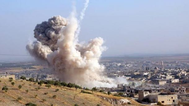 Siri – 6 civilë të vdekur nga sulmet e regjimit në Idlib | TRT  Shqip
