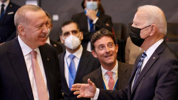 "Joe Biden: Takimi me Presidentin Erdogan, ""pozitiv dhe i frytshëm"" | TRT  Shqip"