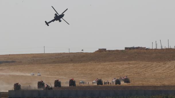 Përfundoi patrullimi i parë i përbashkët Turqi-Amerikë në Siri   TRT  Shqip