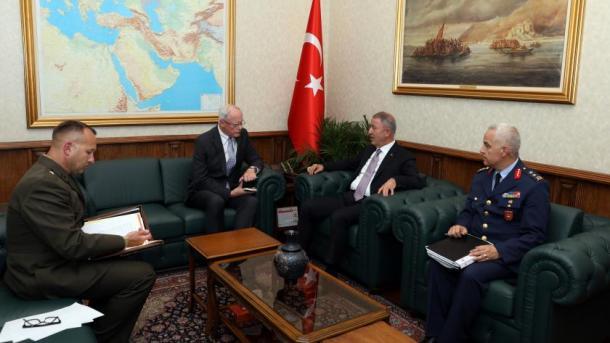 Delegacionet ushtarake turko-amerikane bisedojnë për 'zonën e sigurt' në Siri   TRT  Shqip