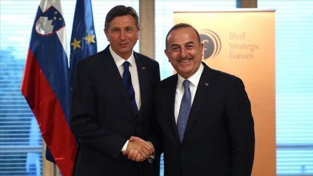 Çavusoglu realizoi takime me autoritetet e larta shtetërore të Sllovenisë | TRT  Shqip
