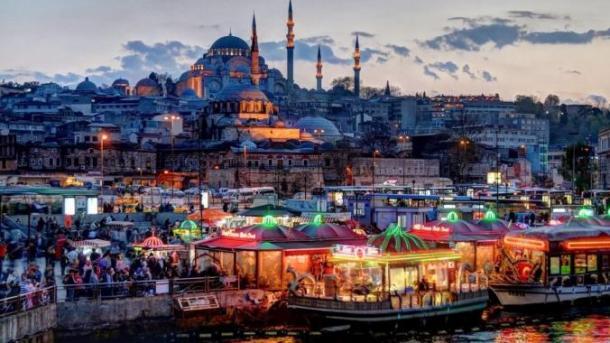 Numri i turistëve të huaj në Turqi rritet me 14,72% | TRT  Shqip