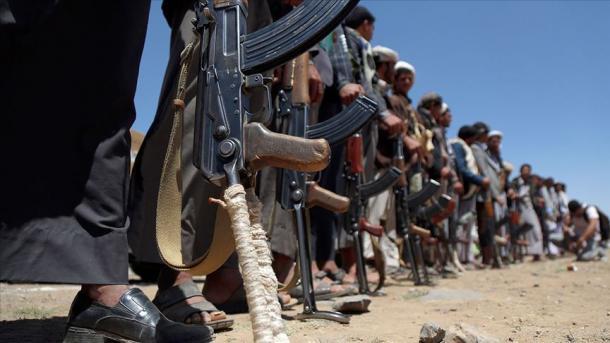 یمن، ملکی فوج اور حوثیوں کے درمیان گھمسان کی جھڑپ  میں 26 عسکریت پسند ہلاک thumbnail