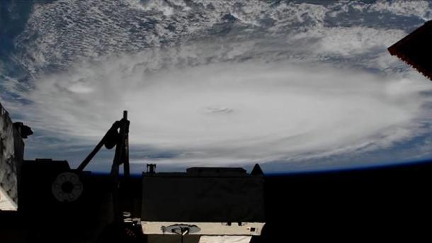 Uragani Dorian godet ishujt Bahama   TRT  Shqip