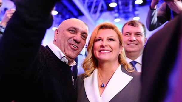 Kroaci – Millanoviq dhe Kitaroviq do të garojnë në raundin e dytë të zgjedhjeve presidenciale | TRT  Shqip