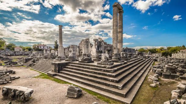 Të parat e Anadollit – Tempulli dhe orakulli i Apolonit të Didimës | TRT  Shqip