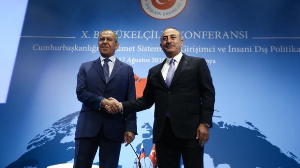 Čavušoglu i Lavrov: Naši bilateralni odnosi prate pozitivan trend na svakom nivou