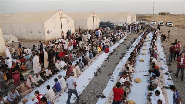 Kanada: Izbjeglice iz Sirije pomažu beskućnicima u ramazanu