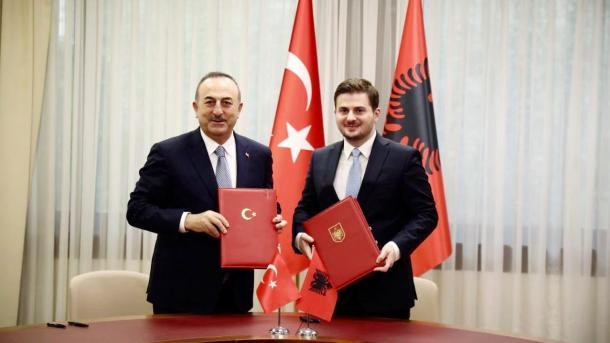 Shqipëri – Gent Cakaj: Turqia është një nga aleatët më të vyer në NATO | TRT  Shqip