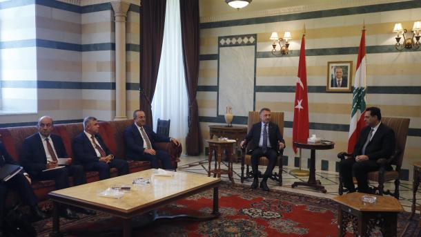 Fuat Oktay në Bejrut: Turqia gati të ndihmojë më shumë, Porti i Mersinit në shërbim të Libanit | TRT  Shqip