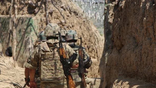 Ushtria armene sulmon pozicionet e ushtrisë azerbejxhanase | TRT  Shqip
