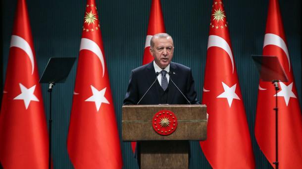 Erdogan: Nuk i nënshtrohemi kërcënimit, presionit dhe shantazhit në Mesdheun Lindor   TRT  Shqip