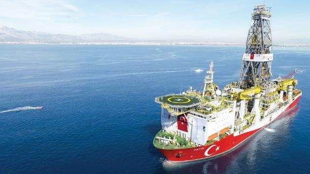 Erdogan: Turqia zbulon 320 miliardë metra kub gaz natyror në Detin e Zi | TRT  Shqip