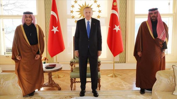 Presidenti Erdogan takohet me Ministrin e Jashtëm të Katarit, al-Thani | TRT  Shqip