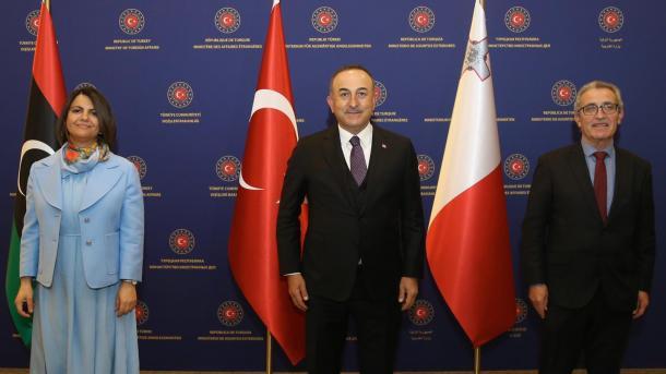 Çavusoglu pati një takim tresh me homologët nga Libia dhe Malta   TRT  Shqip