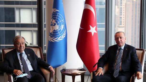 Guterres falënderon Turqinë për mirëpritjen e refugjatëve | TRT  Shqip