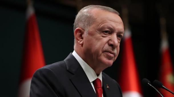 Erdogan: Turqia s'mund t'i kthejë shpinën as Lindjes dhe as Perëndimit | TRT  Shqip