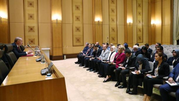 Erdogan: «Il n'est pas possible que nous soyons indifférents à ce qu'il se passe en Libye»