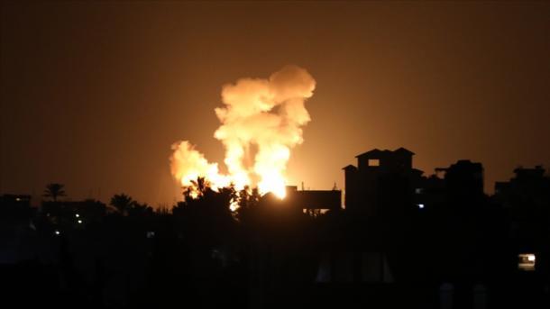 Izraeli sulmon Rripin e bllokuar të Gazës | TRT  Shqip