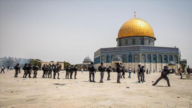 Jerusalem - Policia izraelite përdor forcë kundër palestinezëve | TRT  Shqip