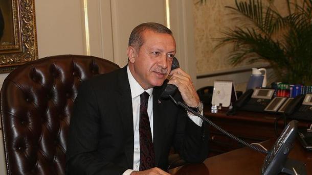 Bisedë telefonike Erdogan-Moise, në fokus marrëdhëniet bilaterale dhe lufta kundër COVID-19 | TRT  Shqip