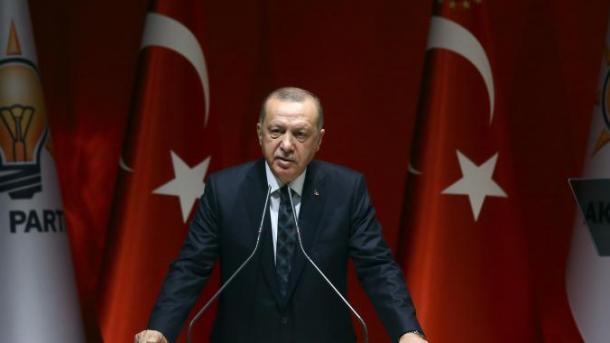 """Erdogan: Ata që kritikojnë Turqinë për operacionin """"Burimi i Paqes"""" le të shikojnë në pasqyrë   TRT  Shqip"""