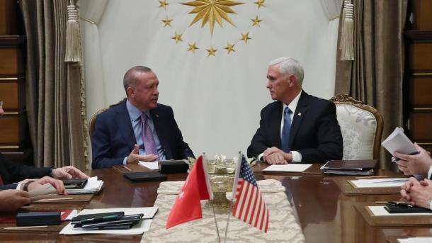 Liderët botëror përshëndesin marrëveshjen e arritur mes Turqisë dhe ShBA-së | TRT  Shqip