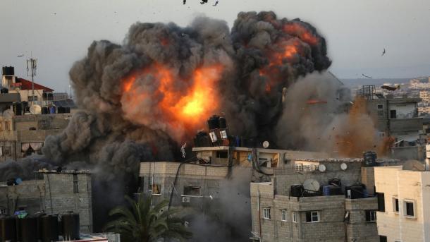 Rëndohet bilanci i sulmeve izraelite në Rripin e Gazës, të paktën 200 martirë | TRT  Shqip