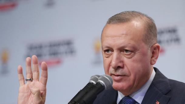 Erdogan: Nëse regjimi i Esadit nuk tërhiqet deri në fund të shkurtit ne do të ndërhyjmë | TRT  Shqip