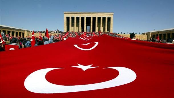 Turqia evokon Ataturkun në 81-vjetorin e ndarjes nga jeta | TRT  Shqip
