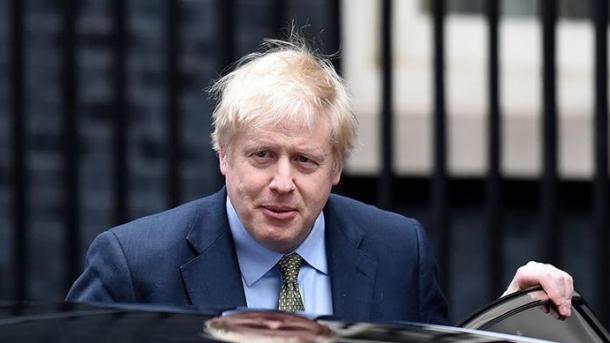 Kryeministri britanik Johnson dërgohet në kujdes intensiv | TRT  Shqip