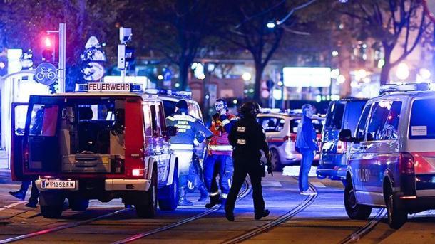 Sulm terrorist në Vjenë, mbeten të vrarë 2 persona | TRT  Shqip