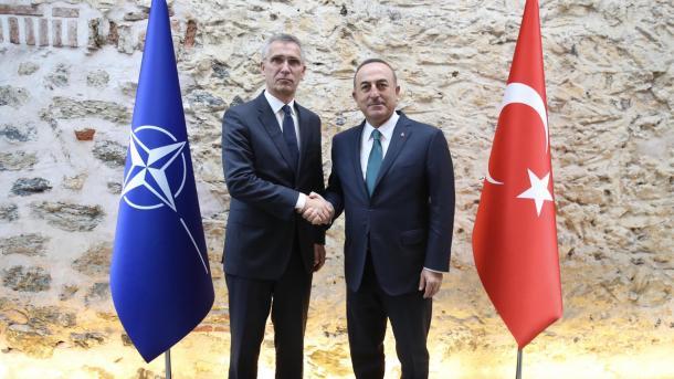Çavusoglu: NATO-ja t'i bëjë thirrje Armenisë për t'u tërhequr nga territoret e Azerbajxhanit   TRT  Shqip