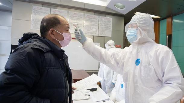 Turqia dhuroi ndihma në materiale mbrojtëse për punonjësit e shëndetësisë në Kinë | TRT  Shqip