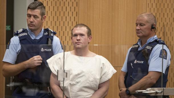 Zelandë e Re – Burgim i përjetshëm pa të drejtë lirimi me kusht për terroristin Brenton Tarrant | TRT  Shqip