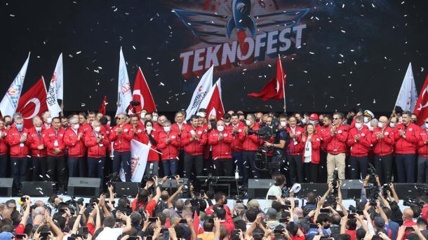Byraktar në TEKNOFEST: Nuk ka kthim prapa në rrugën tonë të zhvillimit teknologjik   TRT  Shqip
