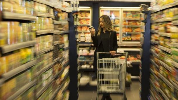 TurkStat: Indeksi i besimit të konsumatorit përmirësohet në gusht | TRT  Shqip
