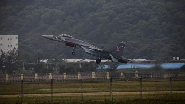 Rusia i propozoi Turqisë avionët e saj SU-35 | TRT  Shqip