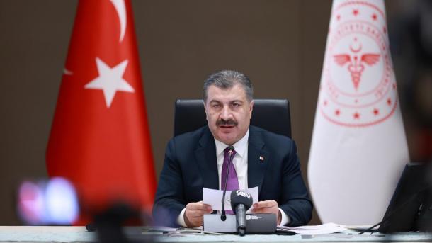 کل سے ترکی میں 25 سال کی عمر کے افراد کی ویکسین شروع کردی جائے گی: وزیر صحت thumbnail