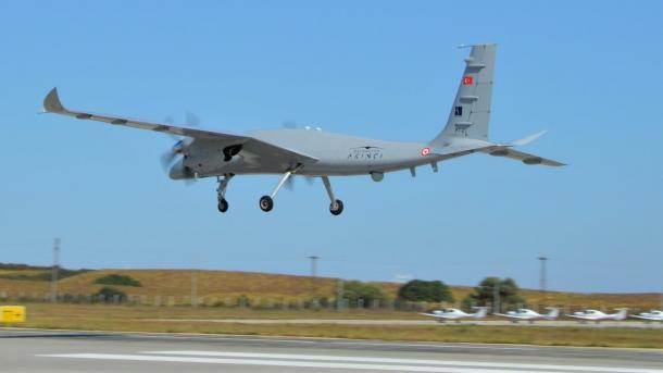 Suksesi i dronëve turq shtyn ushtrinë amerikane të ndryshojë taktikën e luftës   TRT  Shqip