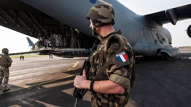 La France retire ses troupes d'Irak