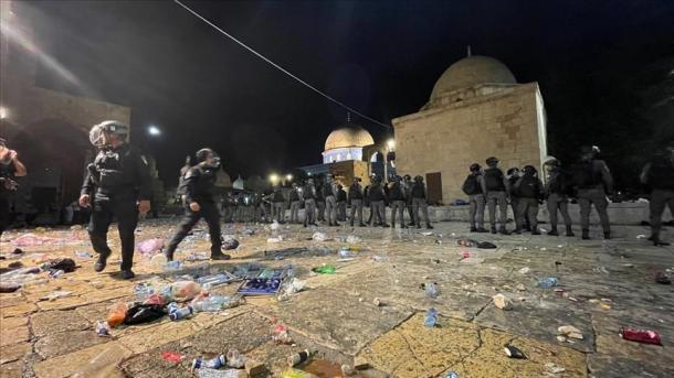 Autoritetet turke reagojnë ndaj sulmit në xhaminë Al-Aksa | TRT  Shqip