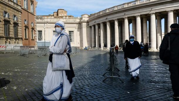 Koronavirusi (26 tetor) – Rreth 43,5 milionë raste botërore; vijon përkeqësimi edhe në Ballkan   TRT  Shqip
