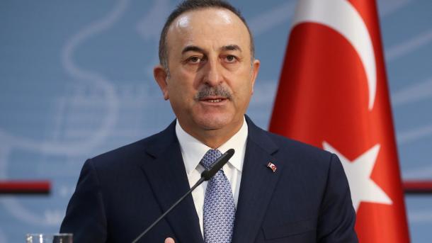 Çavusoglu: 32 shtetas turq kanë humbur jetën nga COVID-19 jashtë vendit | TRT  Shqip
