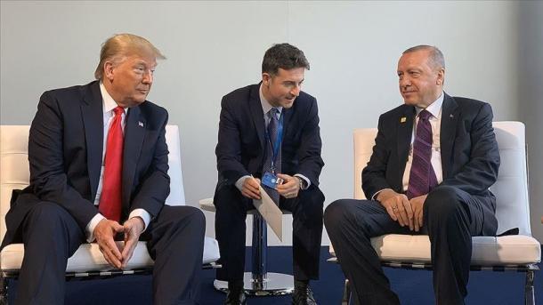 Samiti i NATO-s, Erdogan-Trump mbajtën një takim produktiv | TRT  Shqip