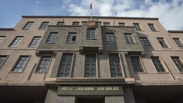 Ministria e Mbrojtjes Kombëtare njoftoi neutralizimin e 51 elementëve të regjimit në Siri | TRT  Shqip