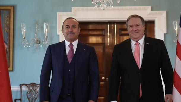 ShBA dhe Turqia thellojnë bashkëpunimin në luftën kundër Covid-19   TRT  Shqip