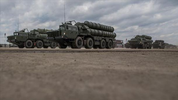 Akar: Nesër fillon transporti i baterisë së dytë S-400 | TRT  Shqip